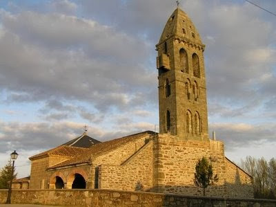Iglesia de Mombuey