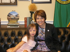 Chloe meets with Congresswoman McMorris Rodgers