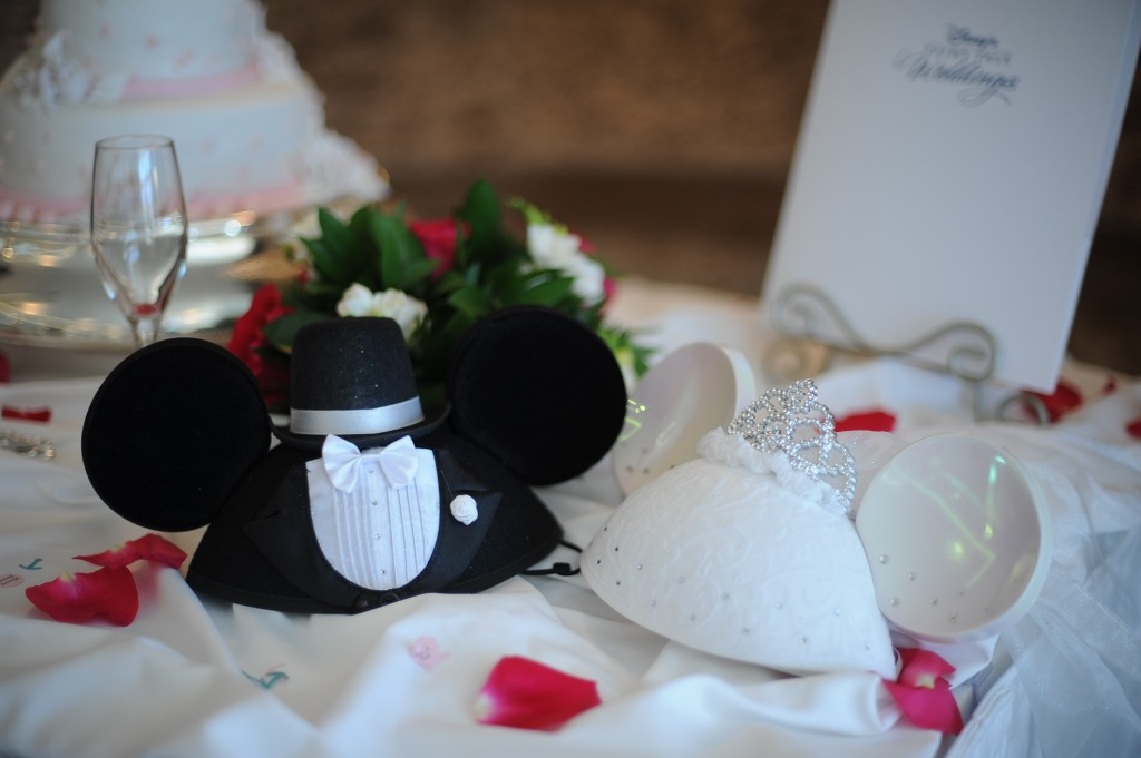 real disney wedding lisa and rob s disney cruise wedding inspired