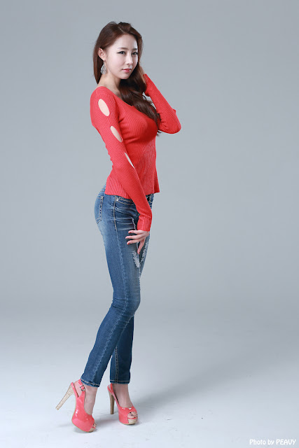 Eun Bin in hot red top and denim jeans