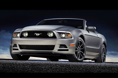 Ford Mustang Gt 5.0 Convertible 2013 Price & Review