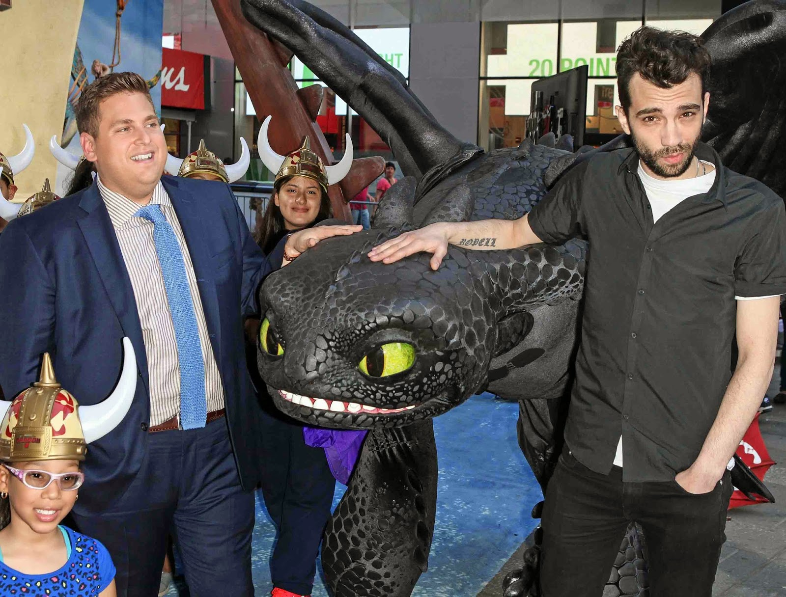 Times square gossip how to train your dragon 2 in times square jonah hill and jay baruchel ccuart Gallery