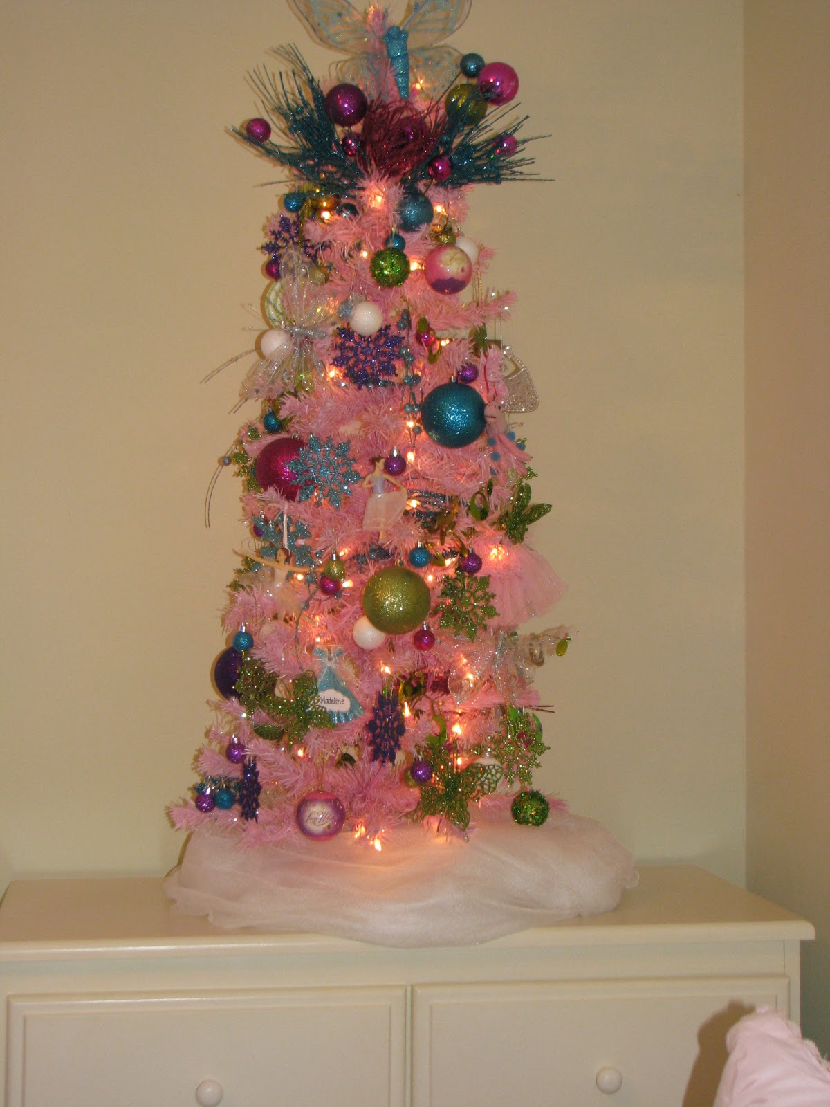 Christmas tree #2 in my daughter's bedroom: (she loves anything that ...