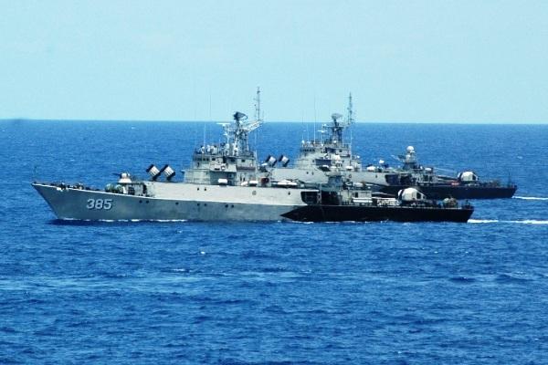 Kapal Perang TNI-AL. PROKIMAL ONLINE Kotabumi Lampung Utara
