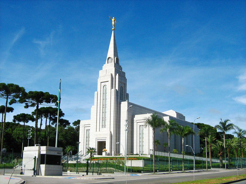 Curitiba Brazil  city images : This is the Temple in Curitiba, Brazil. It's brand new, just built in ...
