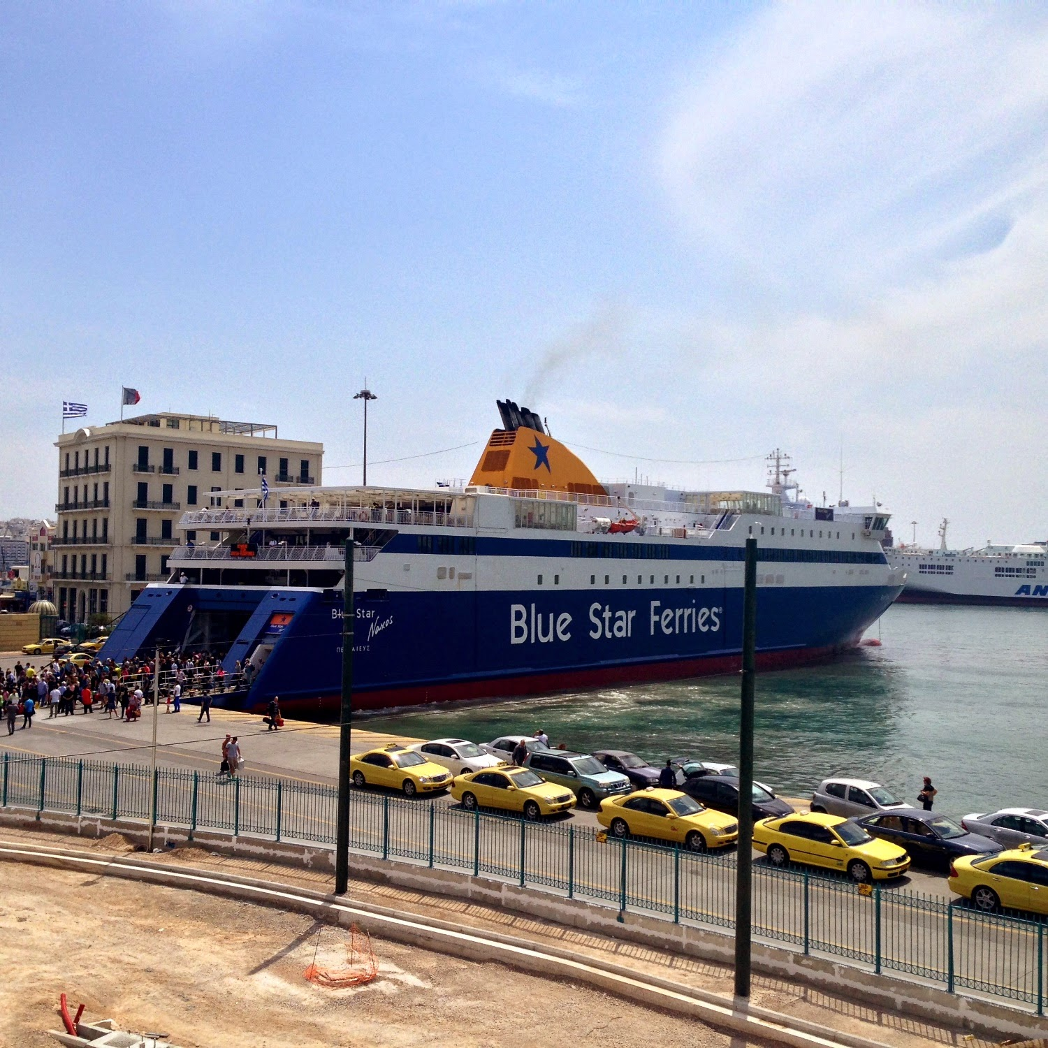 паром греция blue star ferries