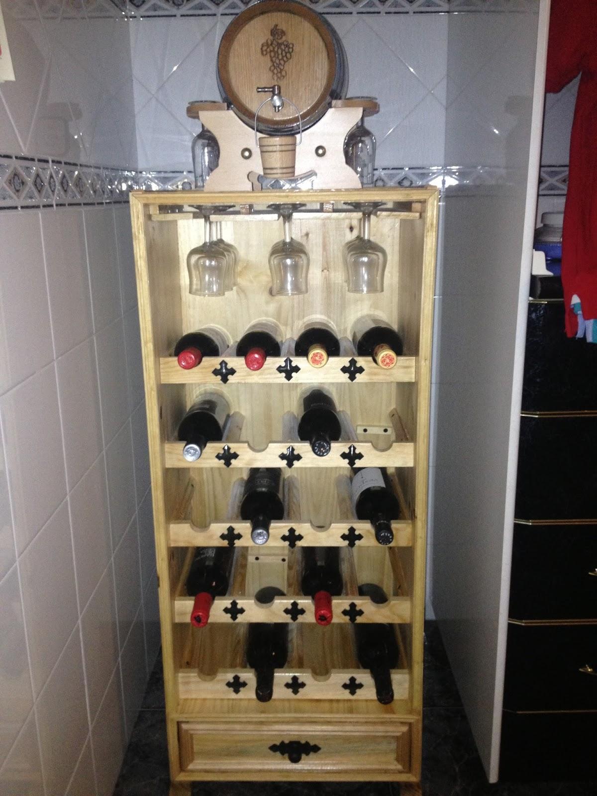 Vinoteca jos m vinoteca de madera con soporte para copas - Vinotecas de madera ...