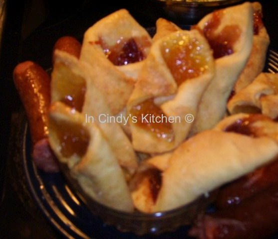 In Cindy's Kitchen: Old World Kolaches - Breakfast Is Served