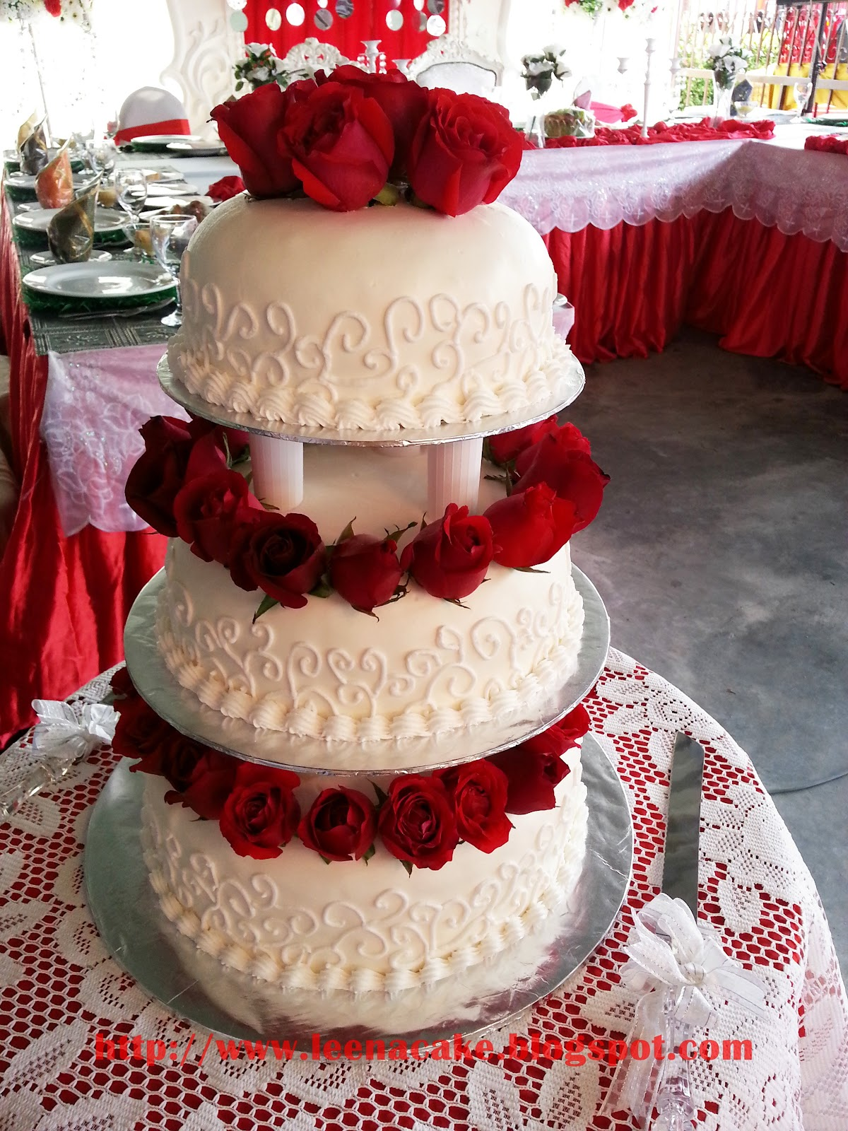 Leena Cake Creations 3 Tier Steam Buttercream Wedding Cake Red