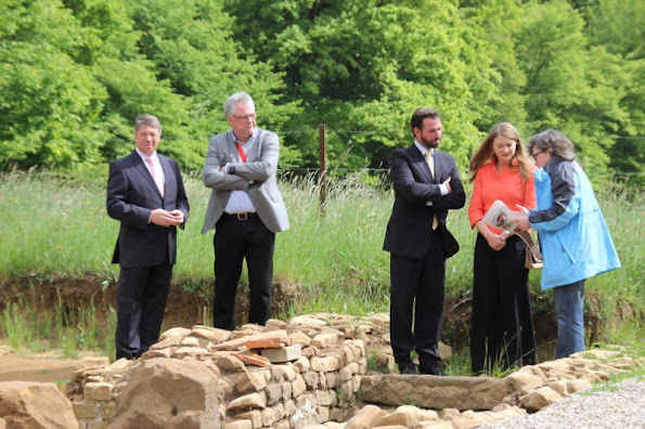 Crown Princess Stephanie of Luxembourg and Crown Prince Guillaume of Luxembourg paid a visit to a concrete manufacturer