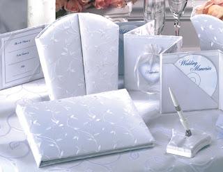 Libro de firmas y album de foto para bodas en elegante satín
