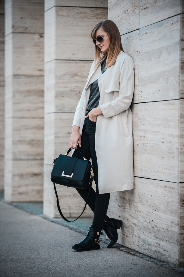 hm extra long nude trench coat, zara black high waisted pants, stylowe buty boots, hm 2014 handbag black, style blogger, fashion blog blogger, fblogger