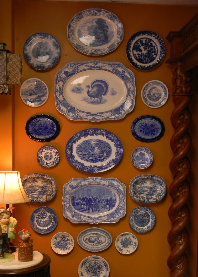 Nancy 39 s daily dish decorating with blue transferware and for Decorating with blue and white pottery