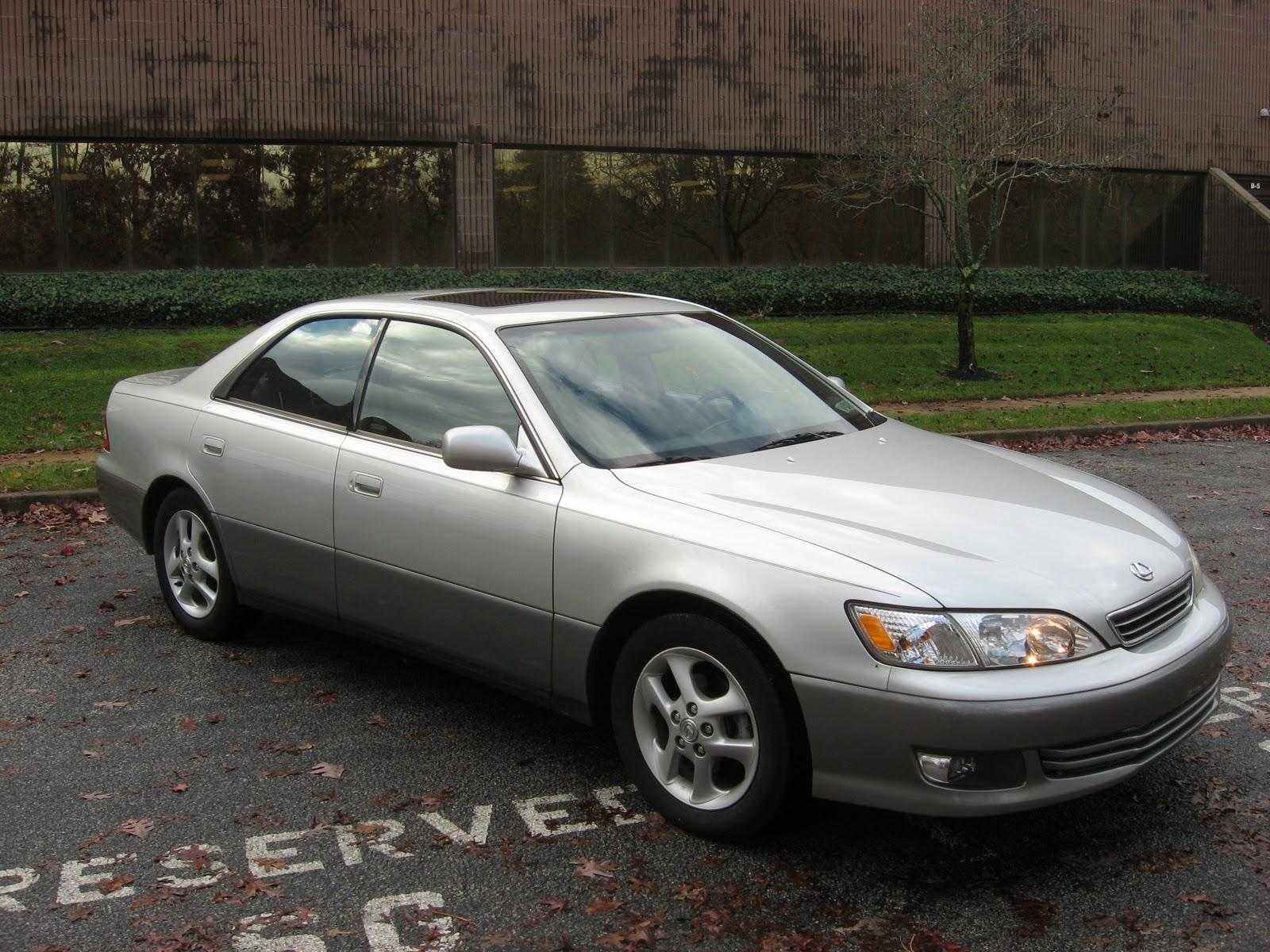 http://2.bp.blogspot.com/-0DM7g3mmhtw/TuFL52eBngI/AAAAAAAABKY/0r9yniTRLNg/s1600/Lexus+ES300+01+Sil+89k+002.jpg