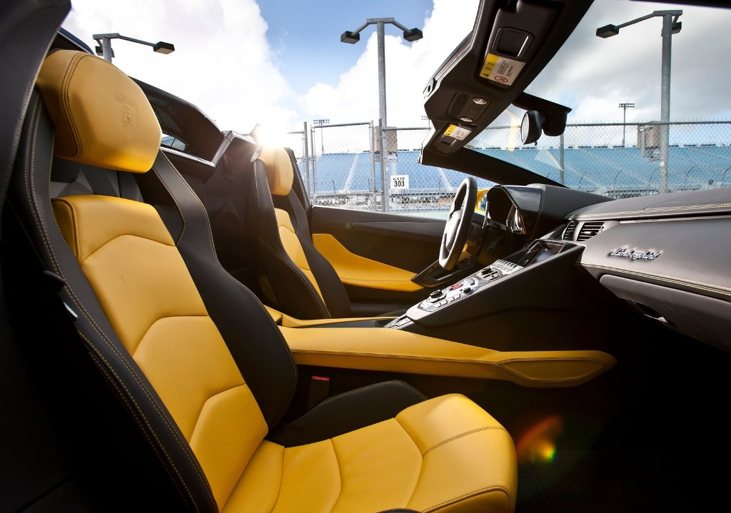 car wallpaper download car wallpaper lamborghini aventador lp700 4 roadster 2014 yellow. Black Bedroom Furniture Sets. Home Design Ideas