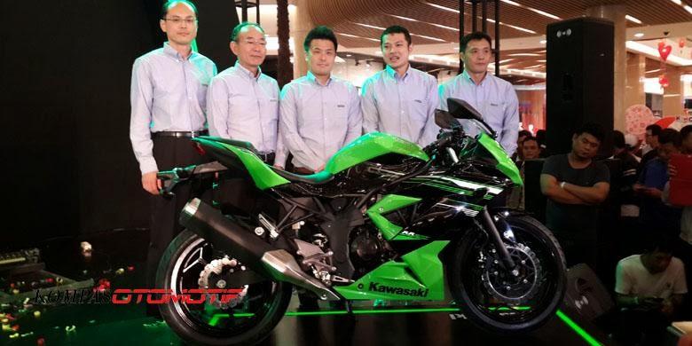 Kawasaki Ninja 1 Silinder Resmi Meluncur