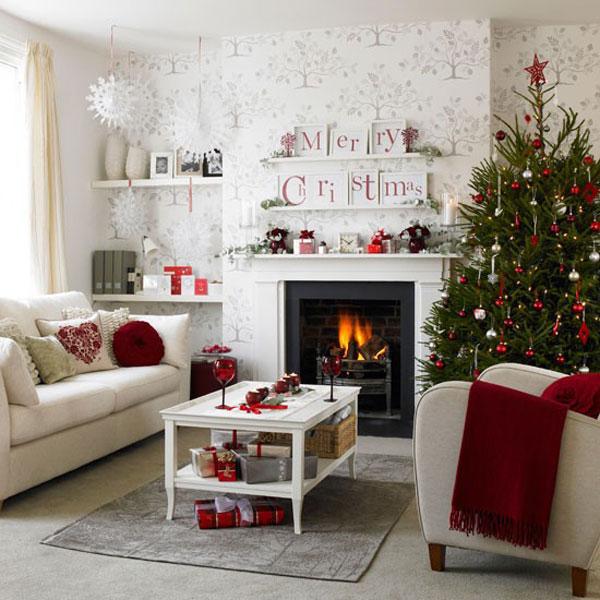 Christmas living room 25