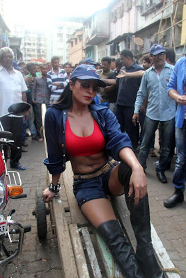 Veena Malik Hot photos at Kamathipura 016 Veena Malik hot Photoshoot at Kamathipura