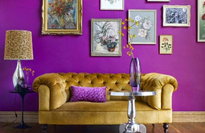 interior rumah warna ungu