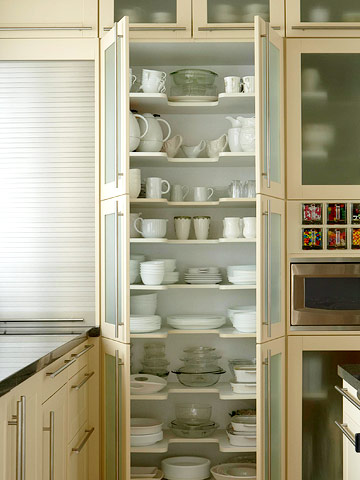 Creative Ideas To Organize Dish And Plate Storage On Your Kitchen