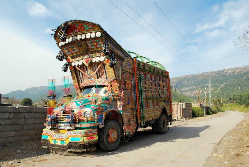 """pakistan truck art 2 - Blossom ko mila minie ka gift..."""" Dabbang muqabla 3"""""""