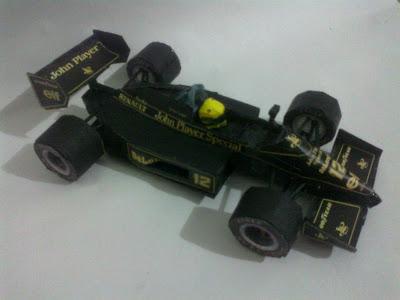 Lotus 98T Senna