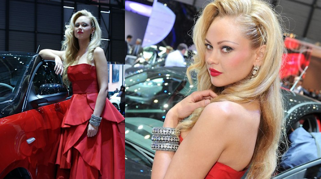 Red Riding Hood| Lovely Face of 2012 Geneva Motor Show