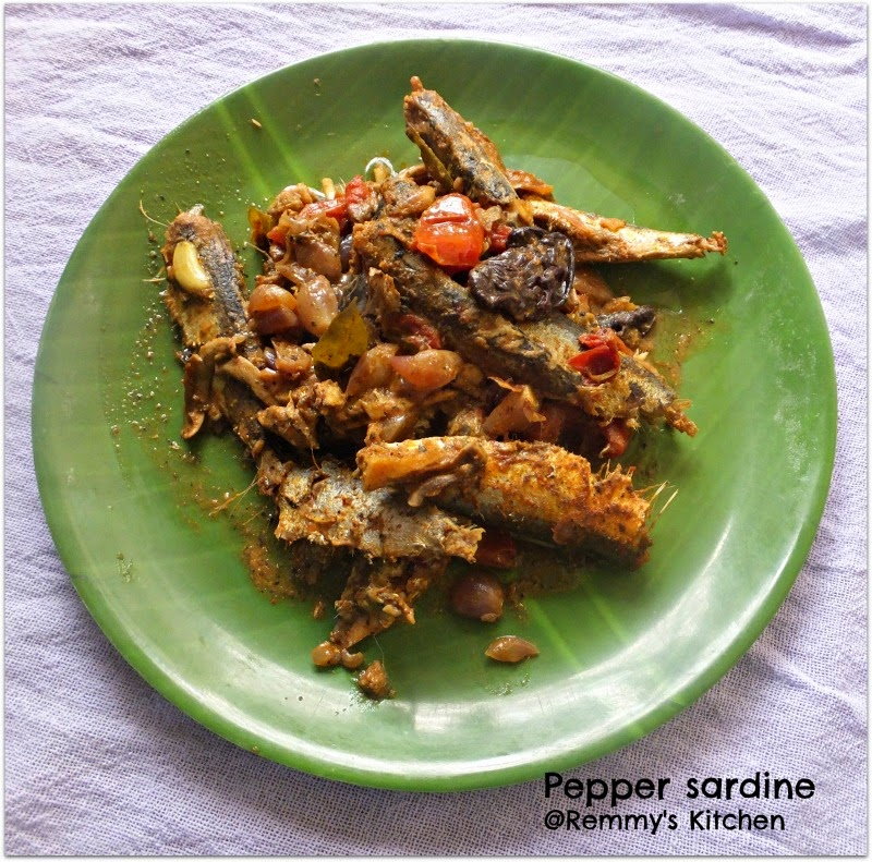 Kurumulaku mathi roast / Pepper sardine