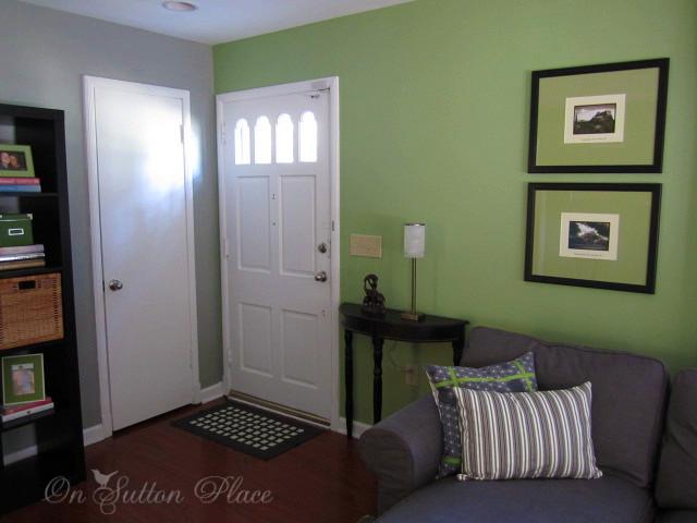 elizabeth 39 s house part 1 on sutton place. Black Bedroom Furniture Sets. Home Design Ideas