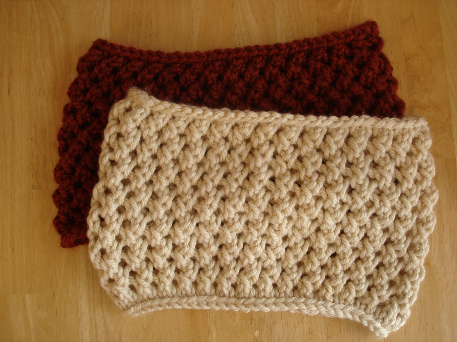 Pattern For Knitting Socks : Fiber Flux: Free Knitting Pattern...Spice Cowl!