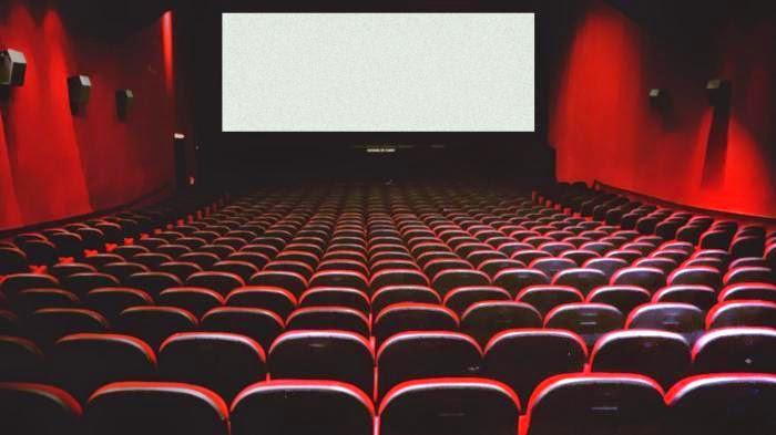 Di Bontang Tak Ada Bioskop, Yuk kita Bikin di Rumah
