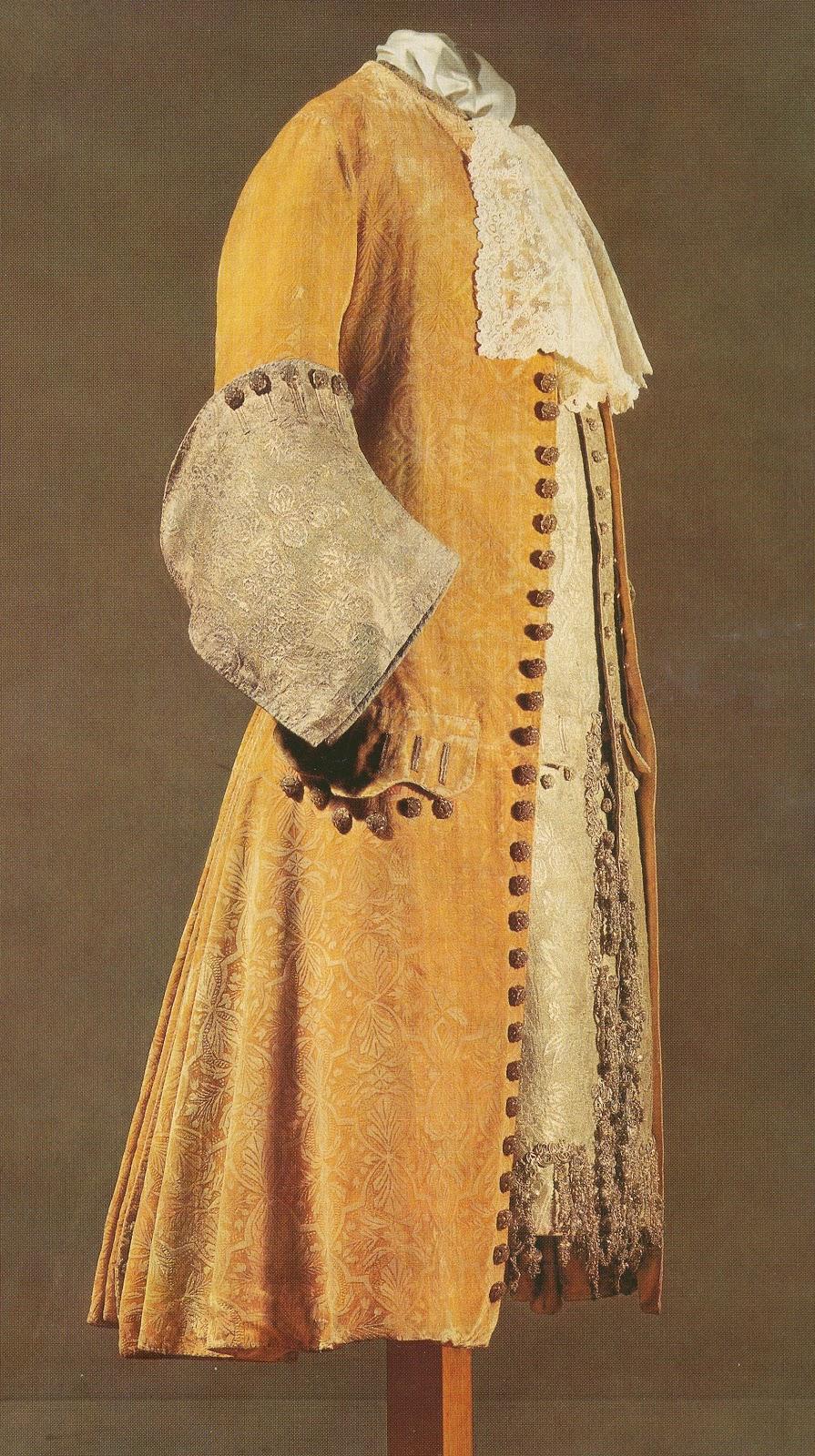 Костюмы 16 века фото