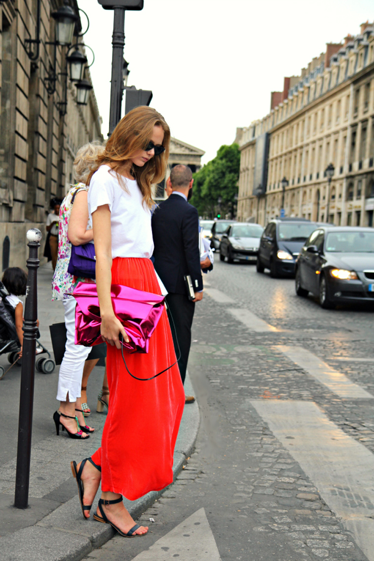 Frida Gustavsson Model Off Duty Street Style Red Maxi