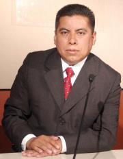 Diputado suplente se opone a desaparición de Distrito
