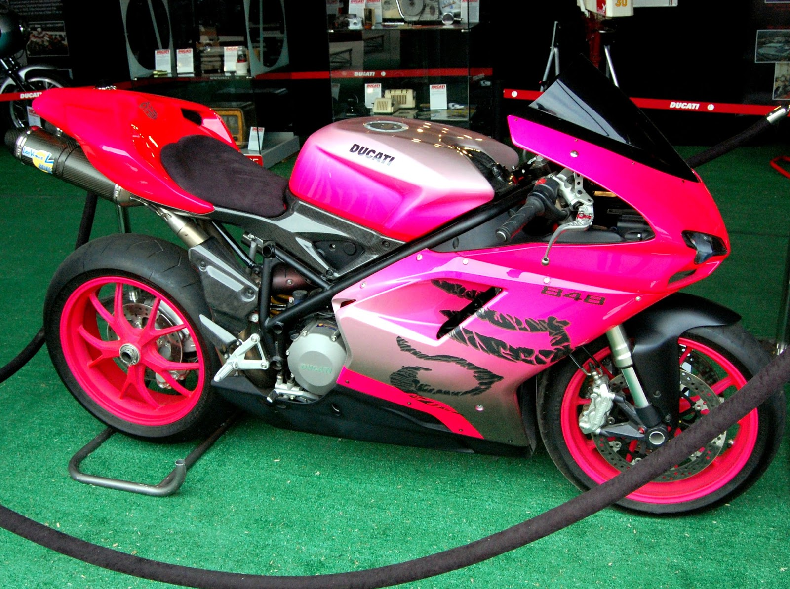 Ducati 848 EVO Pink Transformer - wallpaper world