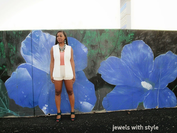 sleeveless blazer outfit, jewels with style, street style, Target sleeveless blazer, summer trends, summer trends 2014, how to wear shorts, black fashion blogger