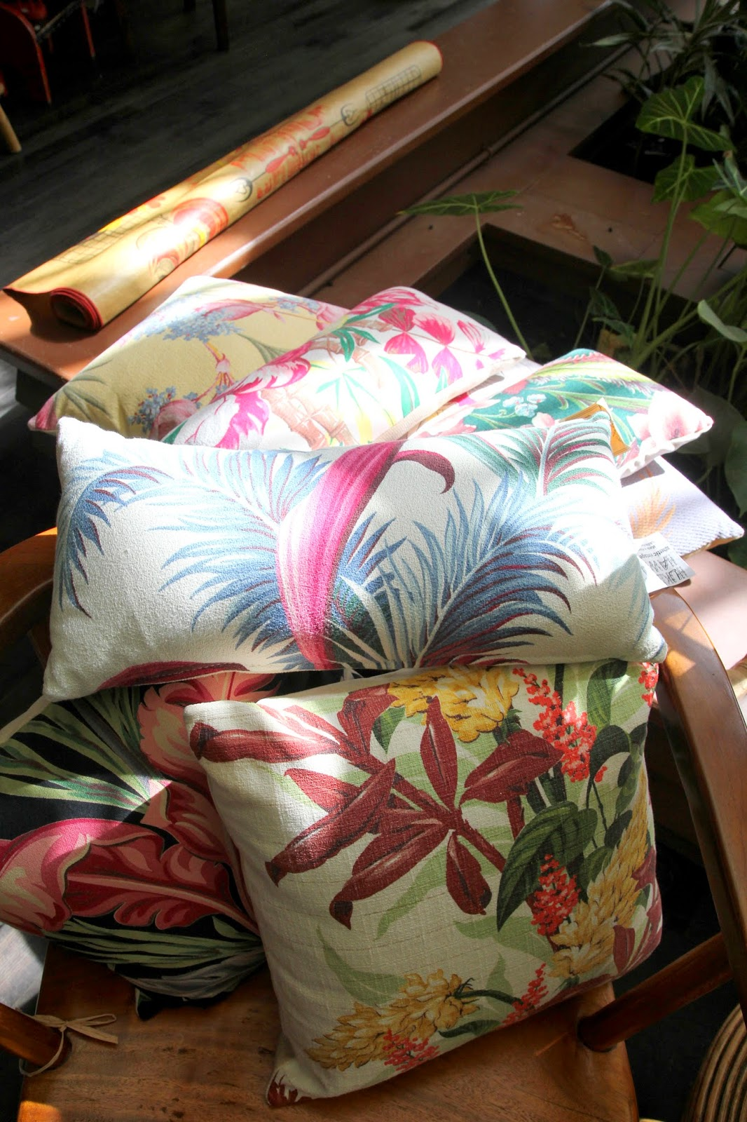 Hawaiian-Pillows-on-Kauai