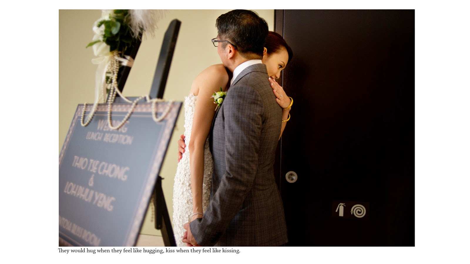 wedding photography singapore capella hug