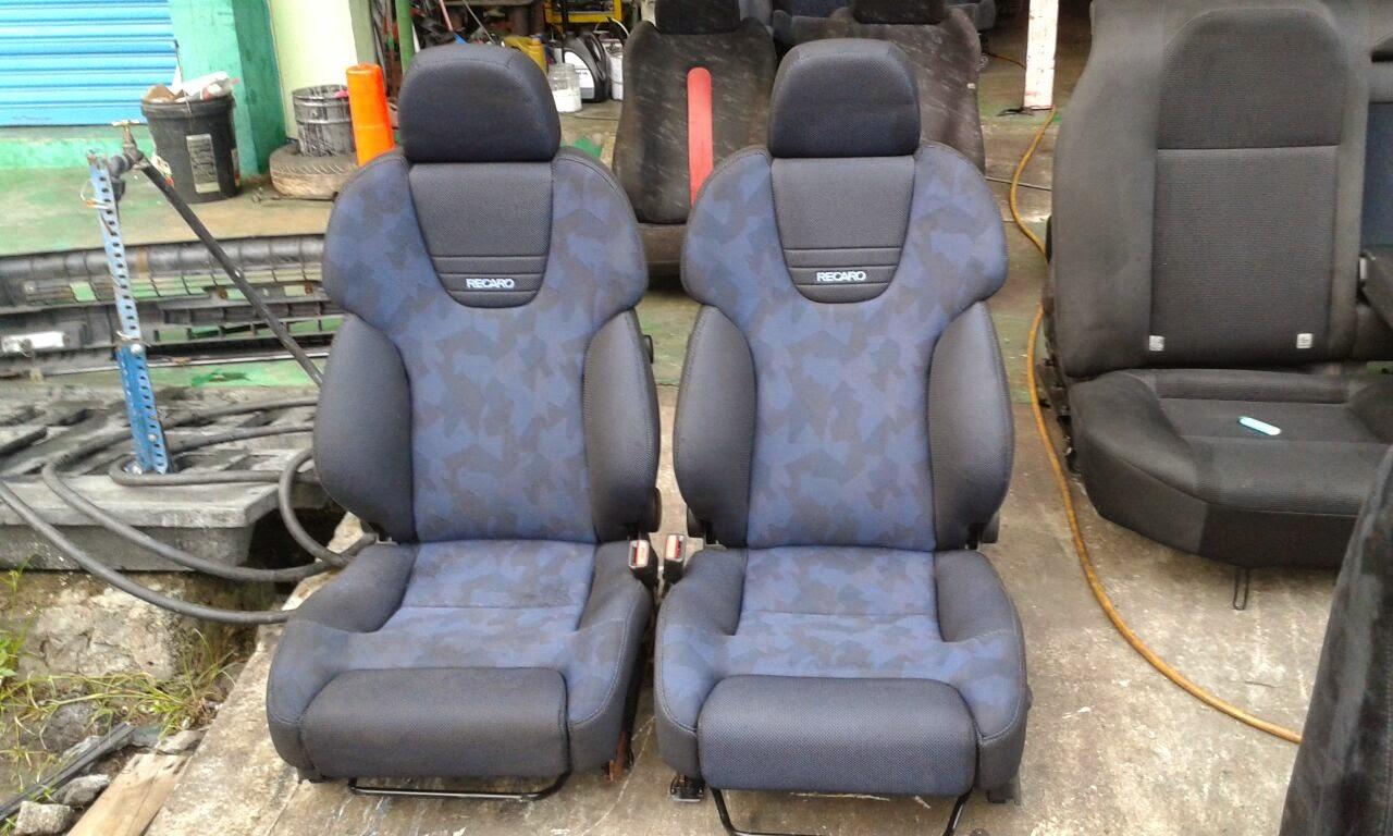 Dingz garage seat recaro caldina gt4 for Garage seat guilherand granges