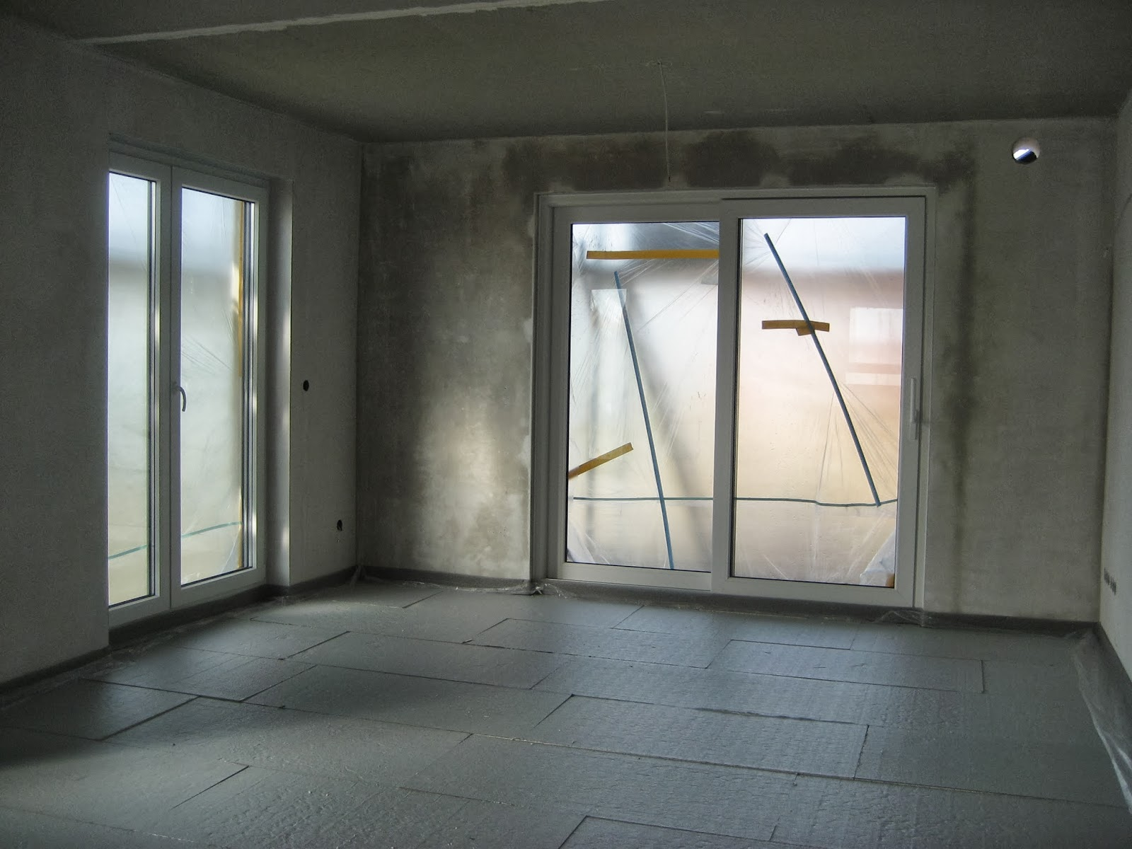 Fußbodendämmung Verlegen ~ Traumhaus voraus: wasseranschlüsse fußbodendämmung & heizschleifen