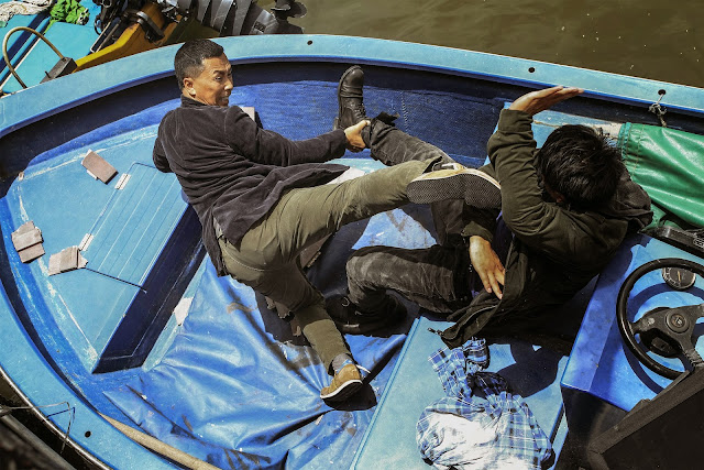 Donnie Yen channels Harrison Ford in Air Force One and tells Wang Baoqiang to get off his boat.