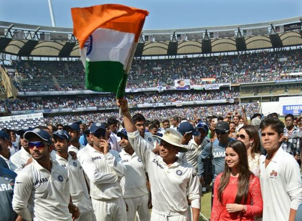 Cricket God Sachin Farewell Photo Gallery Celebrity News