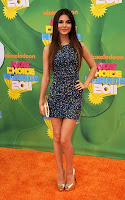 victoria-justice03-kids-choice-awards-2011.jpg