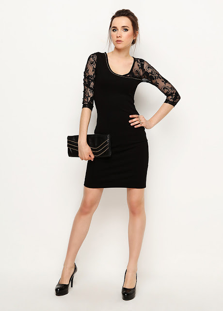 kolları dantelli siyah kısa elbise