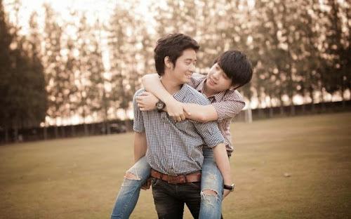 Choáng váng khi chồng thú nhận là gay