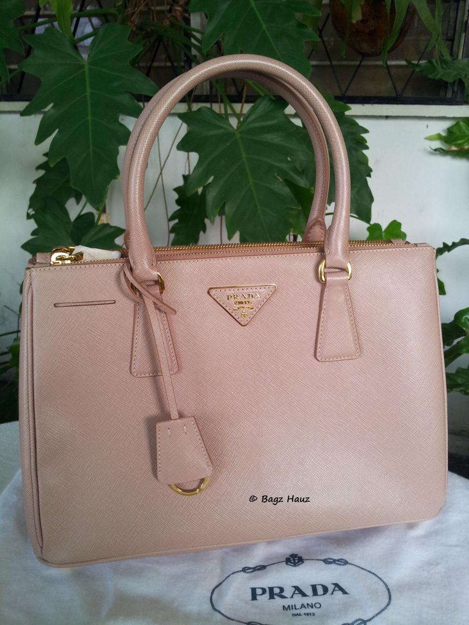 Bagz Hauz Fashion: **SOLD** ~ PRADA BN1801 Saffiano Leather Tote ...