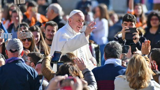 El papa pide evitar la indiferencia en la Cuaresma ante un mundo de aversión