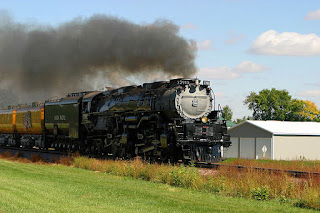 Gambar Kereta Api Lokomotif Uap Union PacificChallenger