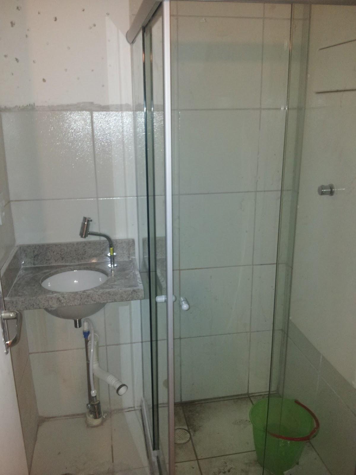 pra não sair na foto de camisola!!! kkkkkkkk Nosso banheiro  #404533 1200x1600 Balança De Banheiro Qual A Melhor