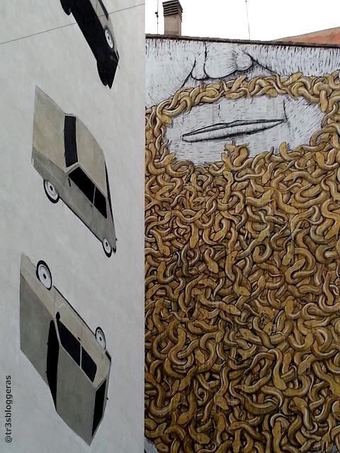 Street Art, Arte Urbano en el barrio El Carmen en Valencia. ESCIF y BLU